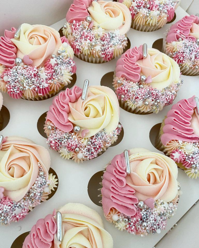 Rainbow Fanatasy Cupcake