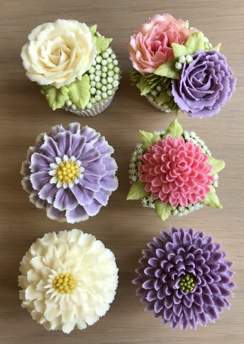 Kerry's Bouqcakes | Intermediate Buttercream Flowers Course
