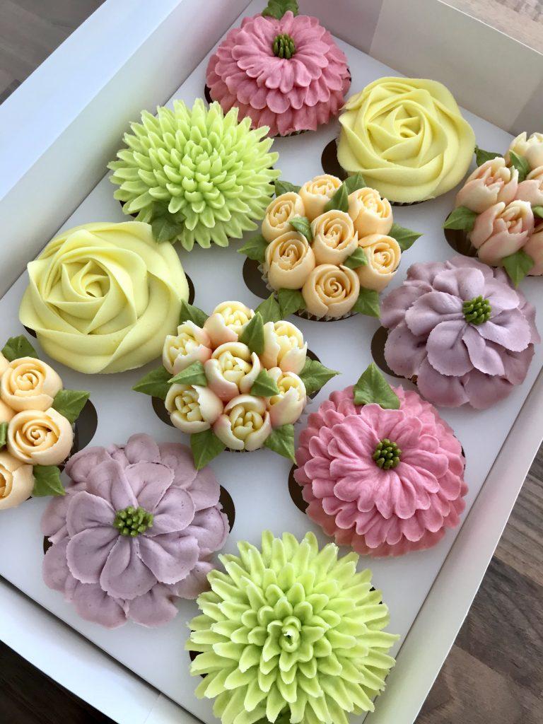 Kerry's Bouqcakes   Beautiful Handmade Cupcakes