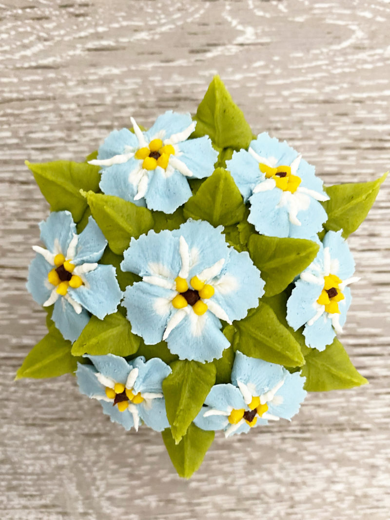 Forget me not buttercream cupcake