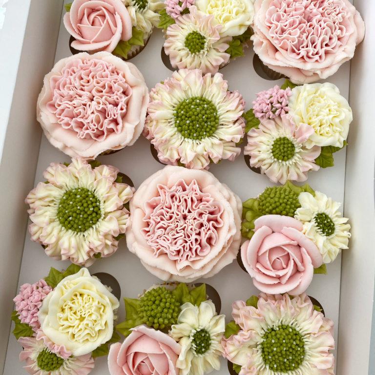 Kerry's Bouqcakes bespokebuttercream cupcakes