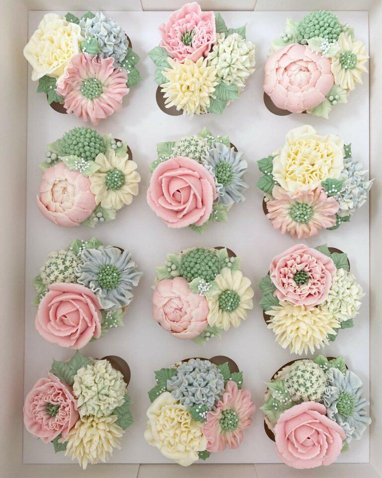 Premium flower cupcakes